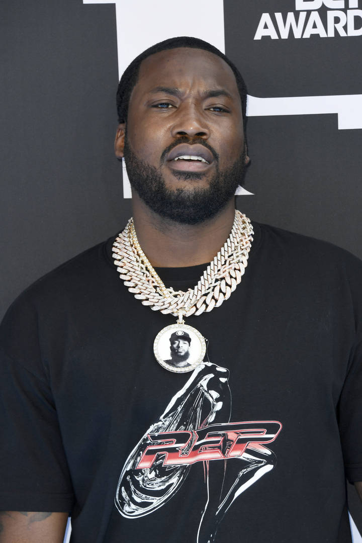 """Meek Mill Onboard With Cardi B's Plan To Move To Africa: """"I Made My Mind Up"""""""